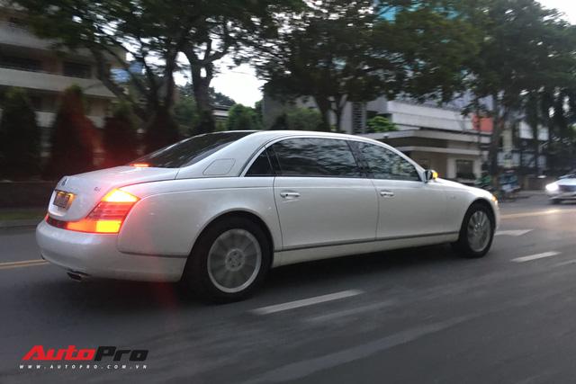 Maybach 62S màu trắng hàng hiếm thuộc bộ sưu tập hầm gửi xe triệu đô - Ảnh 6.