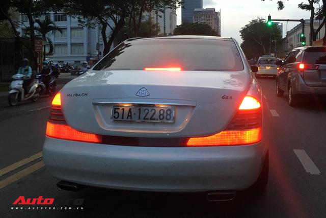 Maybach 62S màu trắng hàng hiếm thuộc bộ sưu tập hầm gửi xe triệu đô - Ảnh 4.