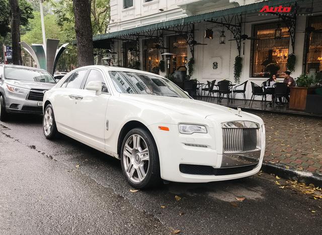 Dân chơi Hà thành mua Rolls-Royce nhưng bộ sưu tập xe khủng đang có gây tò mò - Ảnh 1.