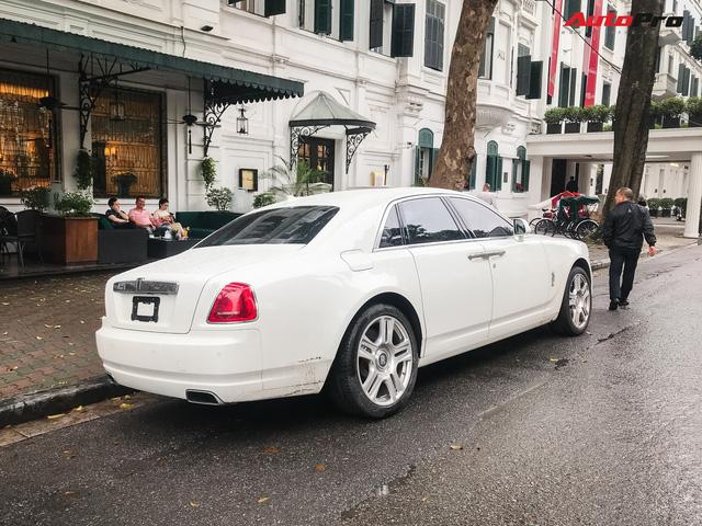 Dân chơi Hà thành mua Rolls-Royce nhưng bộ sưu tập xe khủng đang có gây tò mò - Ảnh 2.