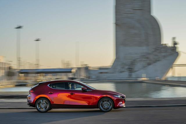 Ra mắt Mazda3 2019 bản châu Âu khiến fan Việt Nam càng thêm ngóng chờ - Ảnh 2.