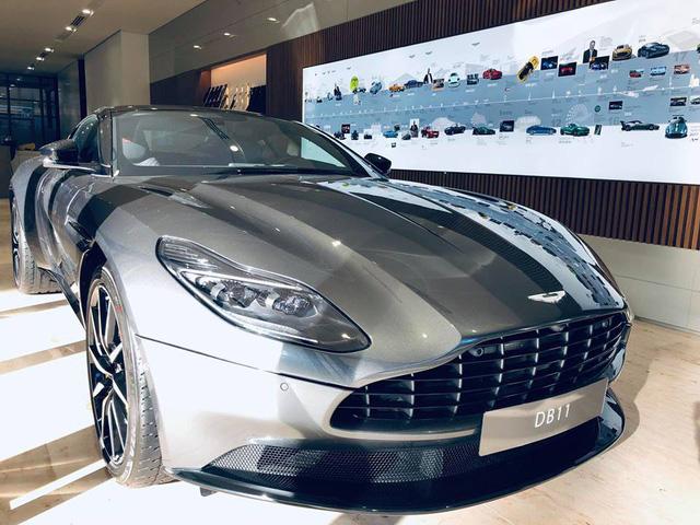 Aston Martin DB11 V8 đầu tiên tại Việt Nam về tay đại gia Vũng Tàu sở hữu Lamborghini và Ferrari - Ảnh 2.