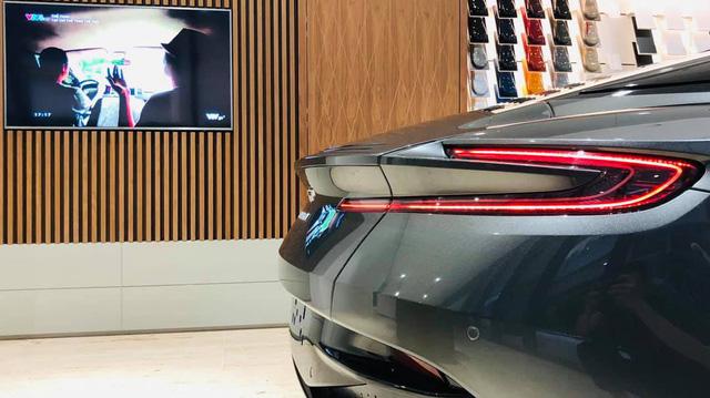 Aston Martin DB11 V8 đầu tiên tại Việt Nam về tay đại gia Vũng Tàu sở hữu Lamborghini và Ferrari - Ảnh 4.