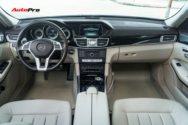 Nếu không chờ được Mercedes-Benz C-Class 2019, hãy mua chiếc E-Class này vì giá của chúng bằng nhau - Ảnh 7.