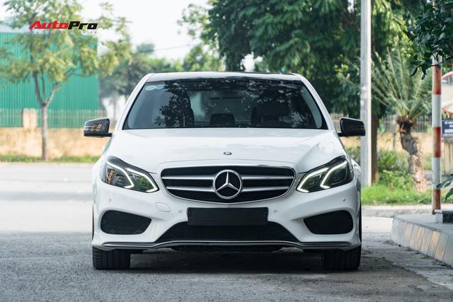 Nếu không chờ được Mercedes-Benz C-Class 2019, hãy mua chiếc E-Class này vì giá của chúng bằng nhau - Ảnh 12.