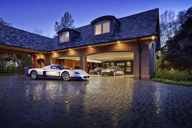 Những garage xe đáng mơ ước nhất thế giới - Ảnh 15.