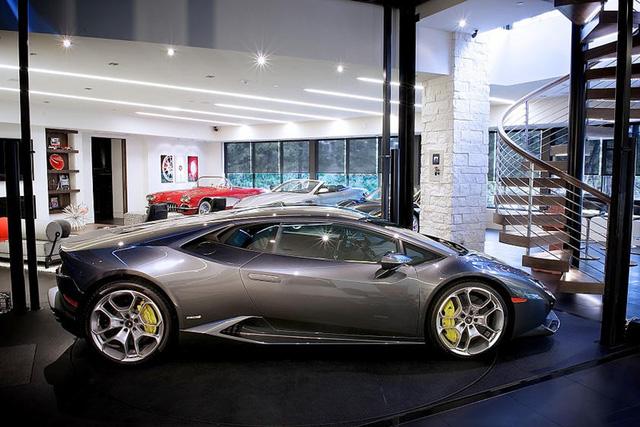 Những garage xe đáng mơ ước nhất thế giới - Ảnh 32.