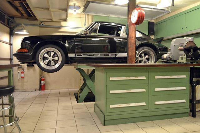 Những garage xe đáng mơ ước nhất thế giới - Ảnh 35.