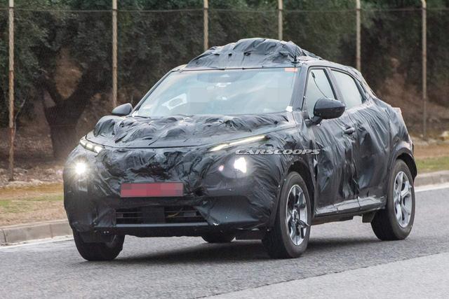 Hé lộ Nissan Juke 2020: Khung gầm mới, thiết kế cũ - Ảnh 2.