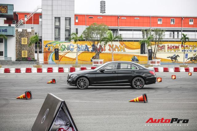 Đánh giá nhanh Mercedes-Benz C-Class 2019: Đón đầu nhóm chủ xe Civic, Focus - Ảnh 5.