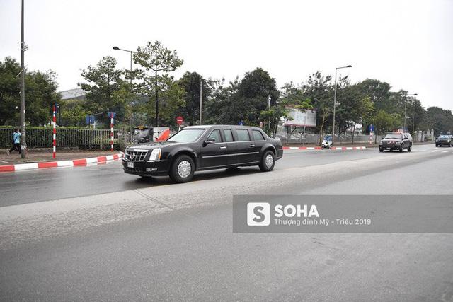 [ẢNH] Chuyên xa The Beast của TT Trump cùng dàn xe đặc chủng hầm hố trên đường phố Hà Nội - Ảnh 11.