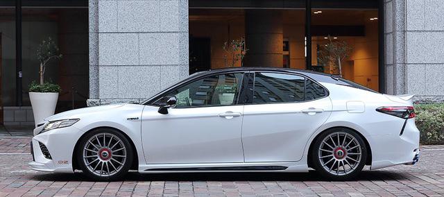 Toyota Camry đời mới độ JDM: Đã đẹp nay còn chất như Lexus - Ảnh 4.