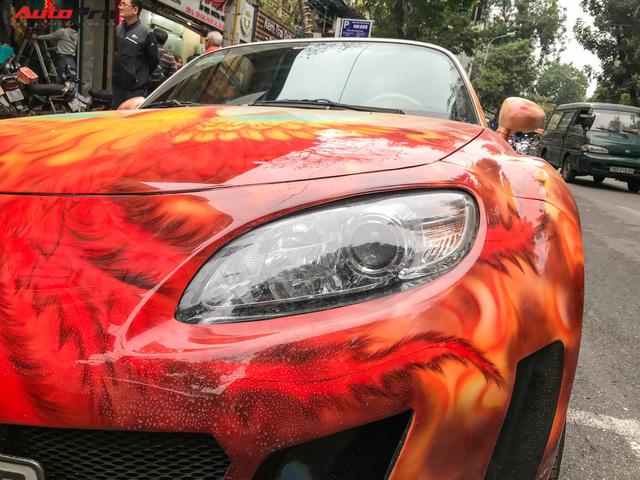 Mazda MX-5 của dân chơi Hà Nội trang trí táo bạo bằng phượng lửa - Ảnh 8.