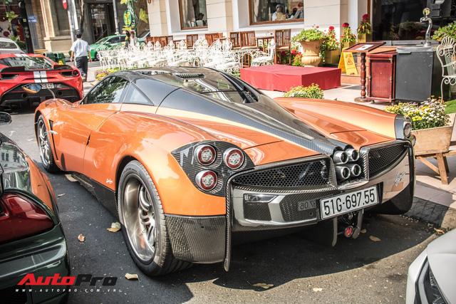 Đại gia Sài Gòn mang dàn siêu xe hàng trăm tỷ lên phố ngay sát Tết, Pagani Huayra và Honda NSX hàng độc xuất hiện - Ảnh 4.