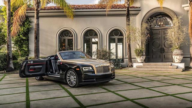 Rolls-Royce giới thiệu phiên bản Năm con lợn: Liệu đại gia Việt nào sẽ mạnh tay vung tiền? - Ảnh 4.
