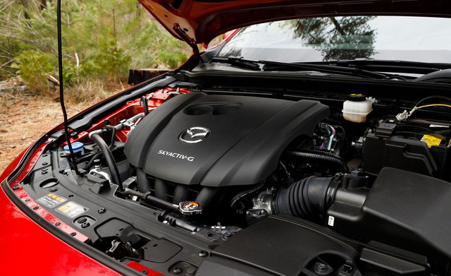 Đánh giá Mazda3 2019: Dễ hiểu vì sao người Việt mong THACO nhập về đến thế - Ảnh 16.