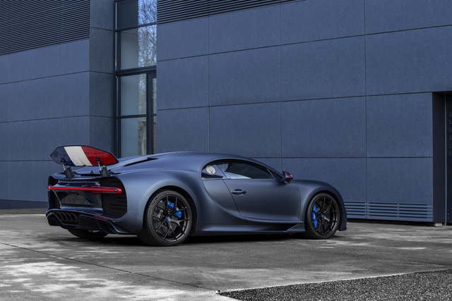 Bugatti trình làng Chiron Sport mỹ miều kỷ niệm sinh nhật thứ 110 - Ảnh 2.