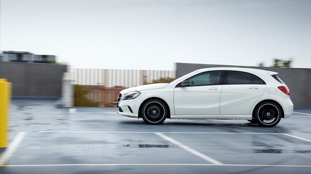 Mercedes-Benz đăng ký bản quyền tên gọi... O-Class