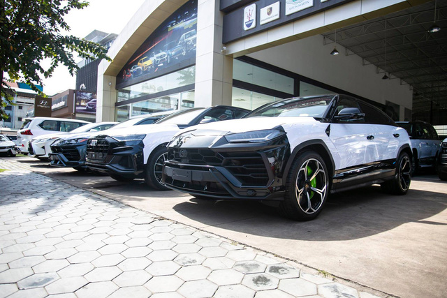 Một vòng tham quan những showroom siêu xe, xe siêu sang đại gia Campuchia thường lui tới - Ảnh 4.