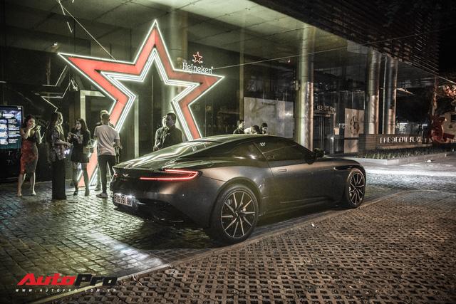 Aston Martin DB11 V8 lại xuất hiện cùng Mercedes-AMG SLS GT Final Edition của nhà chồng Hà Tăng, tuy nhiên lần này lại có sự khác biệt - Ảnh 4.
