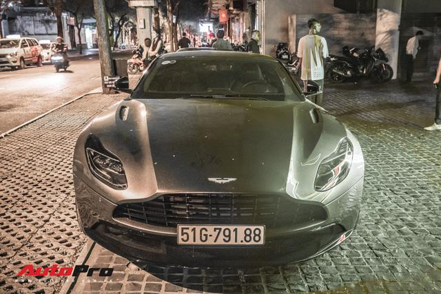 Aston Martin DB11 V8 lại xuất hiện cùng Mercedes-AMG SLS GT Final Edition của nhà chồng Hà Tăng, tuy nhiên lần này lại có sự khác biệt - Ảnh 8.