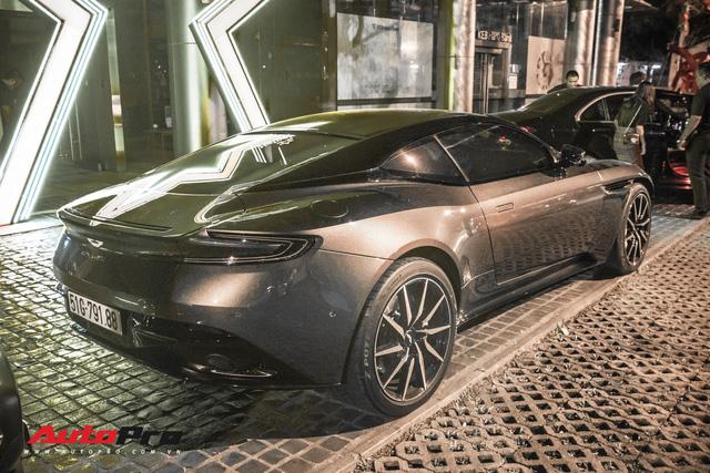 Aston Martin DB11 V8 lại xuất hiện cùng Mercedes-AMG SLS GT Final Edition của nhà chồng Hà Tăng, tuy nhiên lần này lại có sự khác biệt - Ảnh 10.