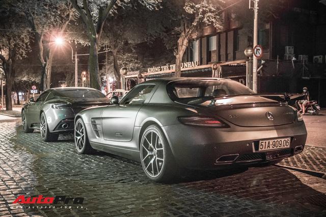Aston Martin DB11 V8 lại xuất hiện cùng Mercedes-AMG SLS GT Final Edition của nhà chồng Hà Tăng, tuy nhiên lần này lại có sự khác biệt - Ảnh 2.