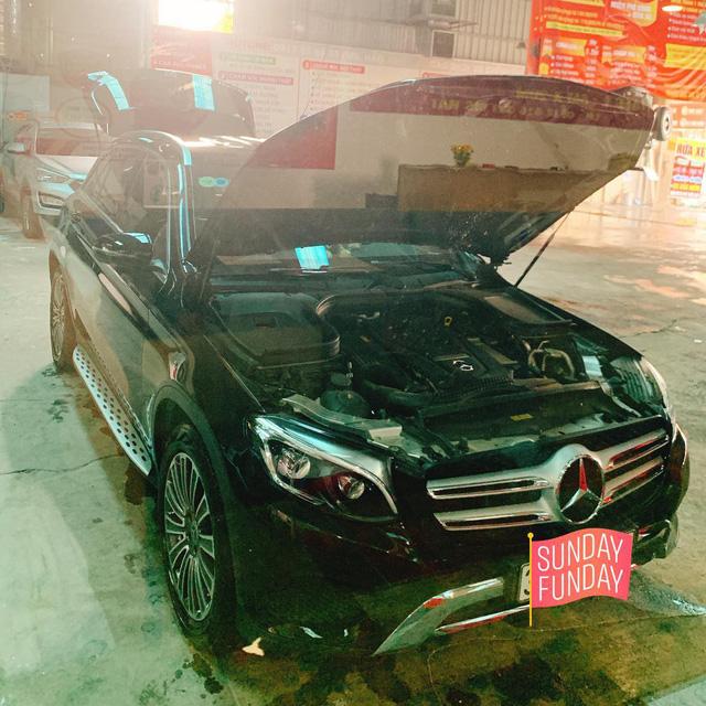 Thuỷ Top tuyển tài xế lái xe Mercedes-Benz GLC, yêu cầu gây chú ý - Ảnh 1.