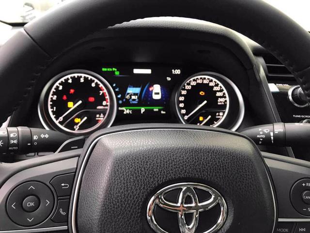 Toyota Camry 2019 nhập Thái đã về Việt Nam, chuẩn bị ra mắt với giá có thể tới 1,6 tỷ đồng - Ảnh 5.