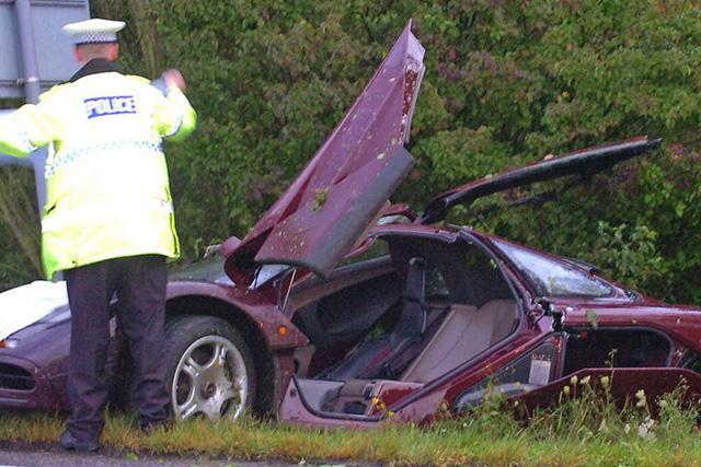 Những vụ tai nạn khiến chủ xe viêm màng túi nặng nề nhất: Bài học cần biết trước khi mua xe Ferrari - Ảnh 8.