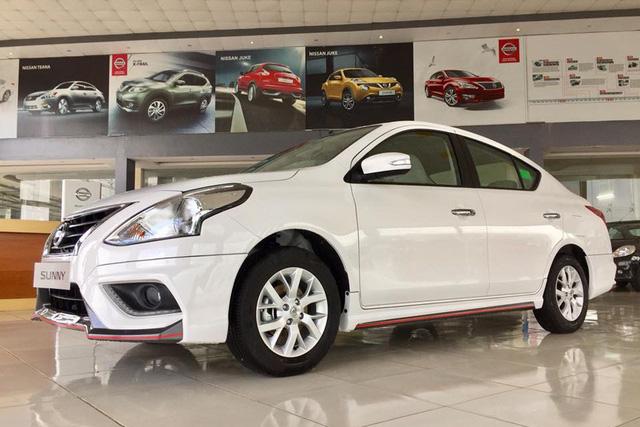 Nissan Sunny và Toyota Vios đua giảm giá 'tất tay', người Việt hưởng lợi - Ảnh 1.