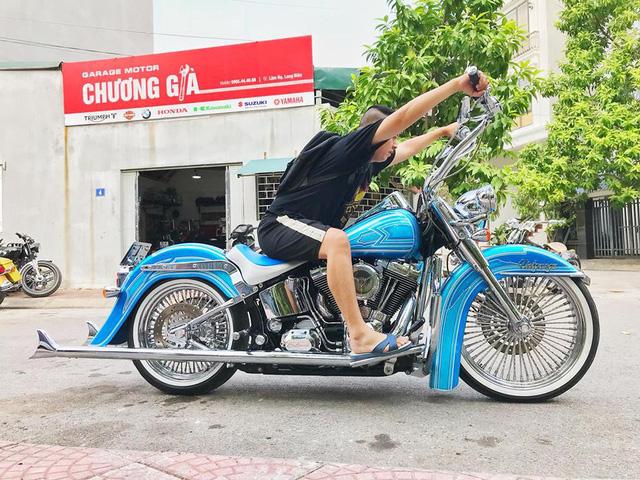 Những lần chơi lớn khiến đám đông Việt Nam trầm trồ của Đức Tào Phớ - Biker vừa tậu Tron Light Cycle tiền tỷ - Ảnh 6.