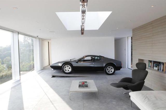 Những căn phòng để xe siêu đắt đỏ của giới nhà giàu - Ảnh 10.