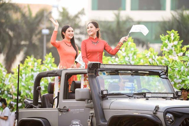 Dàn xe khủng của ông chủ cafe Trung Nguyên chở theo Hoa hậu và Á hậu, sẵn sàng hành trình xuyên Việt 2019 - Ảnh 4.