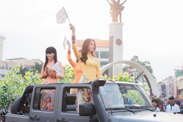 Dàn xe khủng của ông chủ cafe Trung Nguyên chở theo Hoa hậu và Á hậu, sẵn sàng hành trình xuyên Việt 2019 - Ảnh 3.