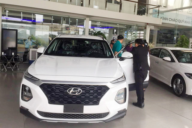 Thời xe Hàn lên ngôi tại Việt Nam: Hyundai tăng giá, bán ngang Toyota  - Ảnh 1.