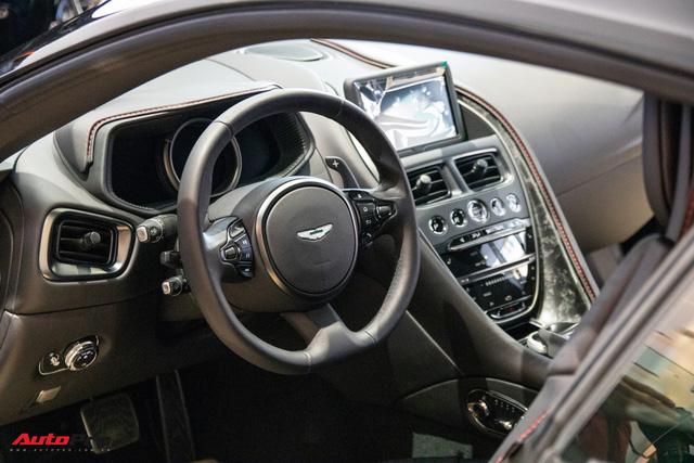 Aston Martin khai trương showroom đầu tiên tại Việt Nam, giá bán xe từ 15 tỷ đồng - Ảnh 6.