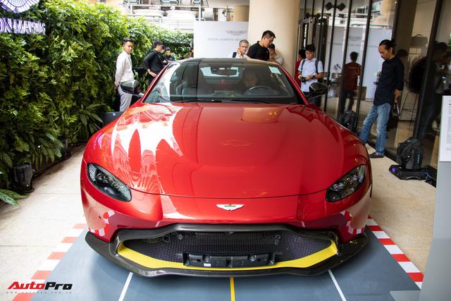 Aston Martin khai trương showroom đầu tiên tại Việt Nam, giá bán xe từ 15 tỷ đồng - Ảnh 5.