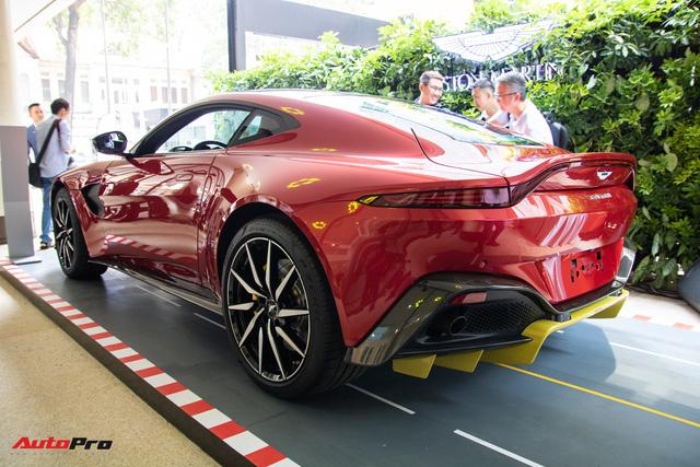 Chi tiết Aston Martin Vantage vừa ra mắt: Mẫu xe 15 tỷ đồng có gì thuyết phục đại gia Việt? - Ảnh 7.