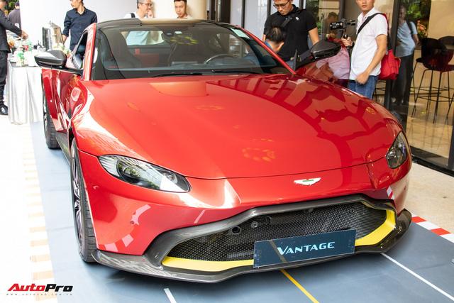 Chi tiết Aston Martin Vantage vừa ra mắt: Mẫu xe 15 tỷ đồng có gì thuyết phục đại gia Việt? - Ảnh 1.