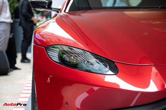 Chi tiết Aston Martin Vantage vừa ra mắt: Mẫu xe 15 tỷ đồng có gì thuyết phục đại gia Việt? - Ảnh 4.