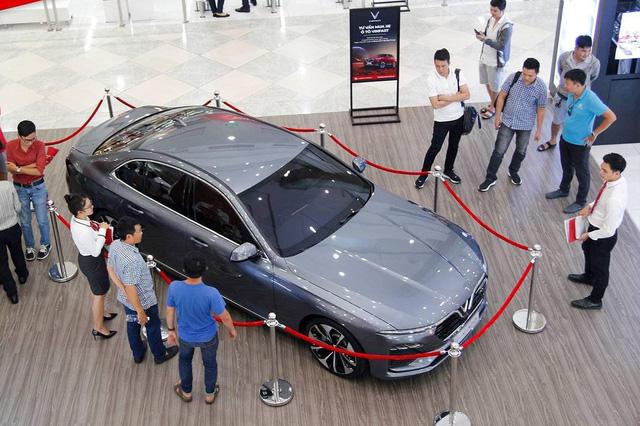 VinFast sở hữu 77 showroom - Tham vọng 1 năm vượt Hyundai trong 10 năm ở Việt Nam - Ảnh 1.
