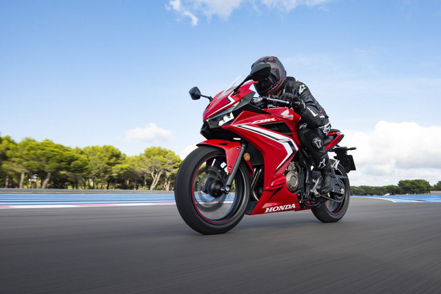 Honda CBR500R lần đầu được giới thiệu tại Việt Nam, giá gần 190 triệu đồng - Ảnh 2.