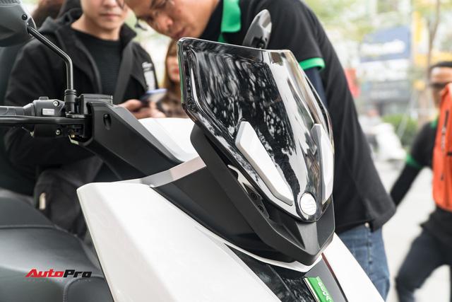 38 km trải nghiệm xe máy điện Pega Newtech: Đủ bộc lộ rõ ưu nhược điểm của xe tự xưng 'sát thủ tay ga' - Ảnh 7.