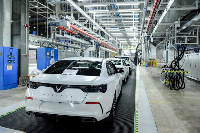 Ông Võ Quang Huệ: Với kỷ lục 21 tháng từ khi khởi công đến vận hành, VinFast sẽ tạo nên kỳ tích mới cho ngành công nghiệp ô tô thế giới - Ảnh 1.