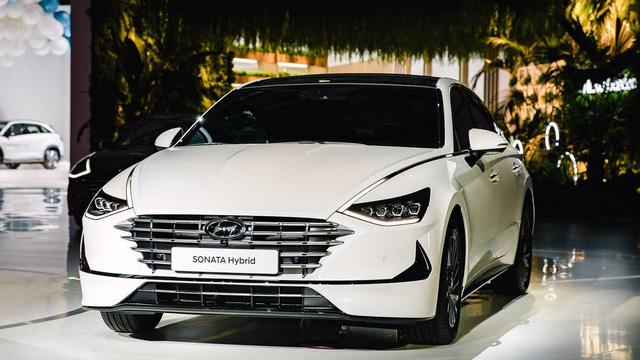 2 phiên bản tăng áp, hybrid của Hyundai Sonata ra mắt tại triển lãm Seoul - Ảnh 5.