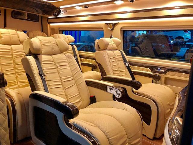 Đại lý chào bán Ford Transit 'chuyên cơ mặt đất' giá bạc tỷ tại Việt Nam - Ảnh 6.