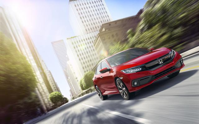 Honda Civic 2019 bất ngờ ra mắt Việt Nam: 3 phiên bản, thiết kế thay đổi, thêm công nghệ mới - Ảnh 1.