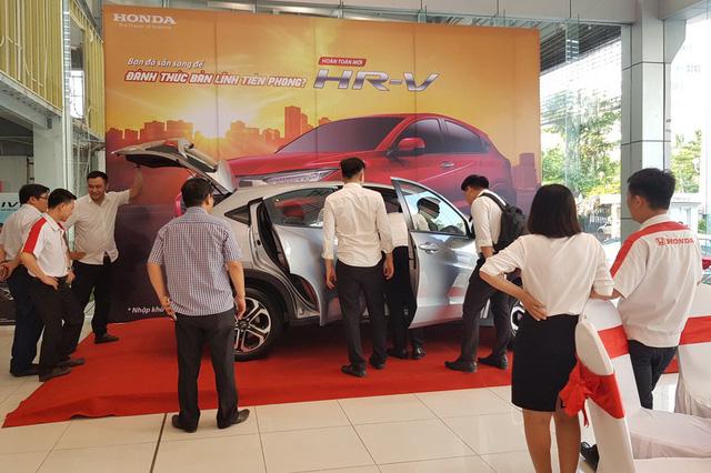 Chế độ mới phát hành, ô-tô cũng như Hyundai Santa Fe giá thấp