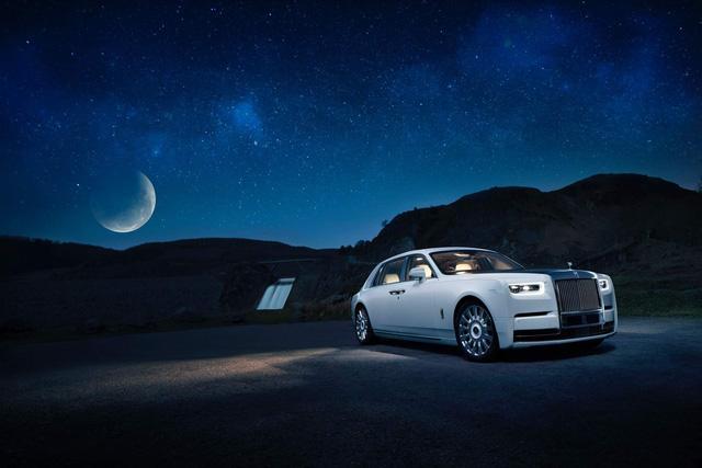 Rolls-Royce Phantom Tranquillity: Đỉnh cao bầu trời sao cho đại gia thích tĩnh lặng - Ảnh 2.